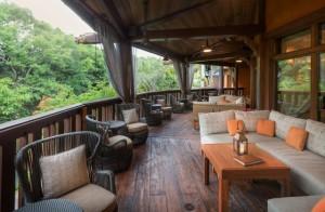 Disney DAK Tiffins Nomad Lounge 2