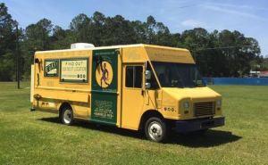 Flying Pie Guy Truck Foodtruck