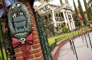 Disneyland Halloween Disney Haunted Mansion 2